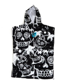 CREATURES OF LEISURE 2021 GROM PONCHO BLACK WHITE -