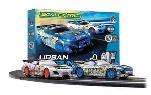 SCALEXTRIC C1379 URBAN OUTRUN SET - GT ZOMBIE VS GT SPARTAN